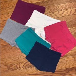 Bundle of 6 Girls Old Navy Size M shorts